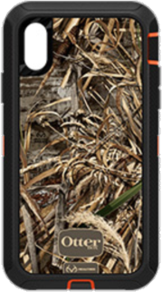 iPhone XR Defender Realtree Camo Case